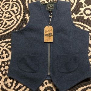 100% wool woolrich sweater vest